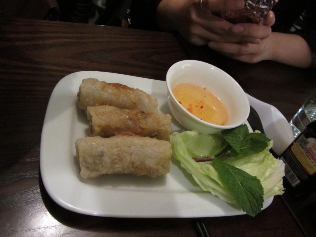 cha-gio-vietnamese-spring-rolls-banh-mi-bay